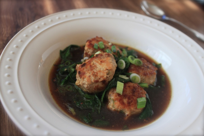 Ginger-chicken meatballs with spinach closer